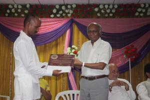 Amar Balidani Rajiv Bhai dixit shreshtha Panchgavya Chikitsa Seva Kendra Swarna Puraskar to Gavyasiddha Shankar Bhagam.