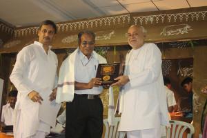 Smruti Chinh to Dr. G.Mani by Lalji Bhai Bhanushali