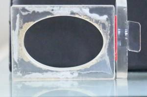 अक्रालिक का साबुन बनाने का सांचा - का खड़ा छाया चित्र - साथ में साबुन निकालने का हत्था.